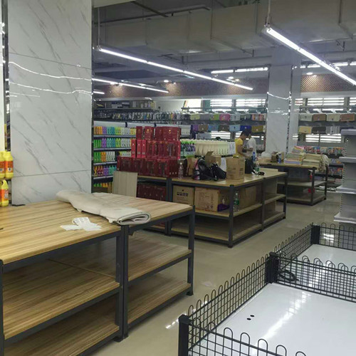 Foldable Wooden Retail Display Shelves With Metal Frame SGS ISO9001